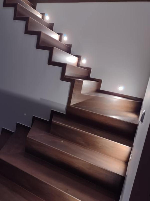 wykonanie schodów w gresie drewnopodobnym