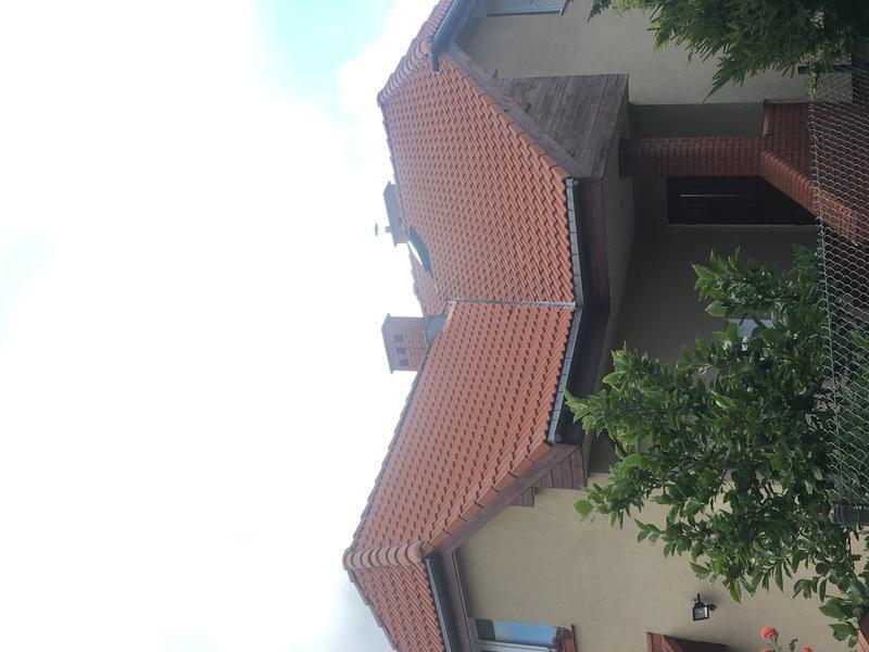 mycie dachów betonowych