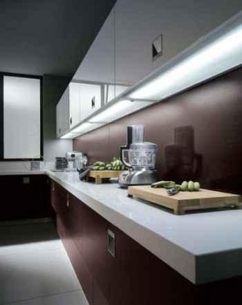 Nowoczesne oświetlenie podszafkowe w modenistycznej kuchni - source: FLICKR.com by wiccahwang