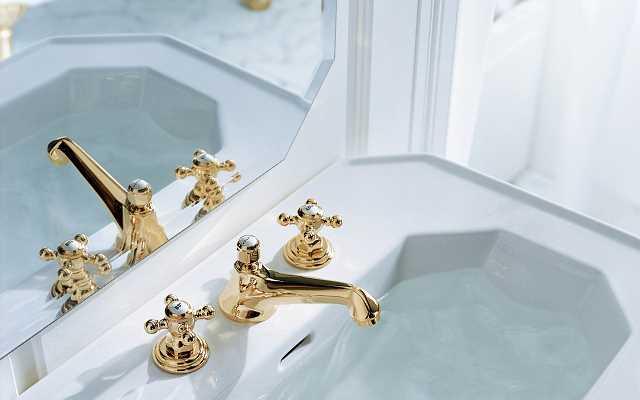 Armatura łazienkowa rodem z pałacu