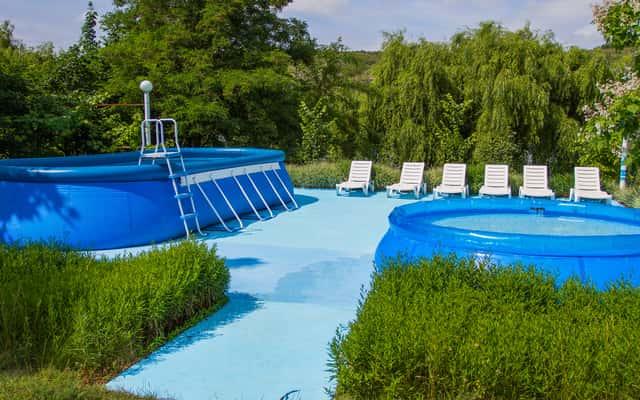 Wybieramy baseny ogrodowe – rodzaje, ceny, opinie, porady zakupowe
