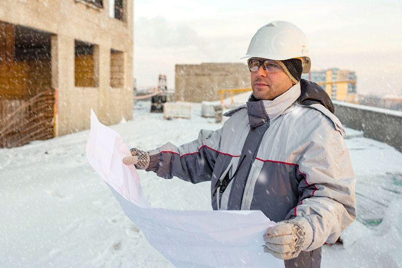 Budowa domu a okres zimowy