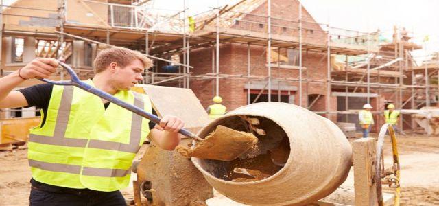 Jak budować dom? Systemem gospodarczym, czy zleconym?