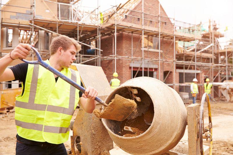 Budowa domu - systemem gospodarczym, czy zleconym?