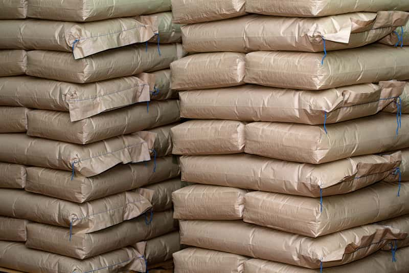 Cement Lafarge – przegląd oferty, rodzaje, ceny, opinie, zastosowanie