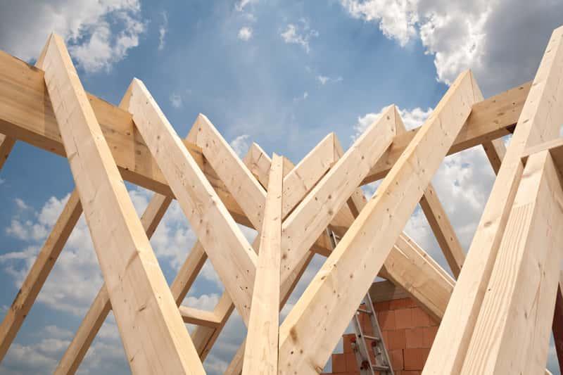 Dach jętkowy lub dach jętkowo-krokwiowy, który charakteryzuje specjalna konstrukcja często wybierana podczas budowy domu