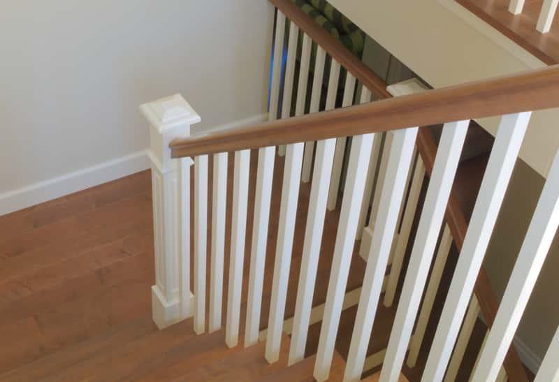 Balustrady drewniane - rodzaje, ceny, opinie, porady praktyczne