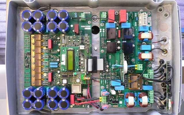 Falowniki przemysłowe - działanie, montaż i naprawa