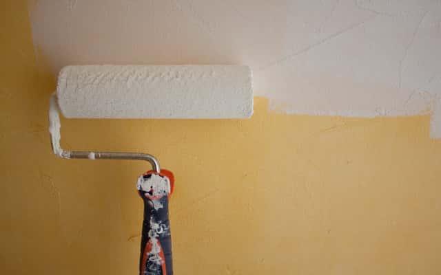 Farba gruntująca do ścian - rodzaje, ceny, opinie, porady