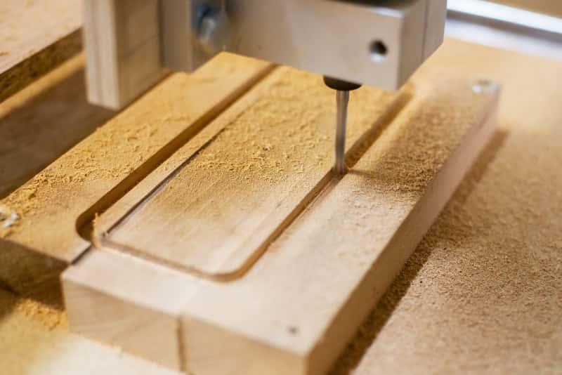 Frezarki do drewna – rodzaje, zastosowanie, marki, opinie, ceny