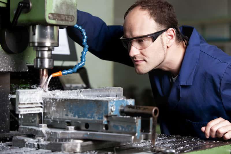 Frezarki do metalu - rodzaje, producenci, ceny, opinie, porady użytkowe