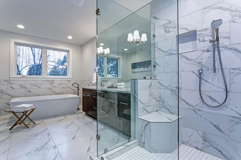 Glazura łazienkowa – rodzaje, opinie, ceny, najlepsi producenci