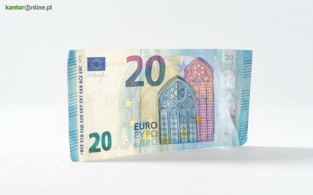 Kredyt walutowy – komu przysługuje i czy się opłaca?