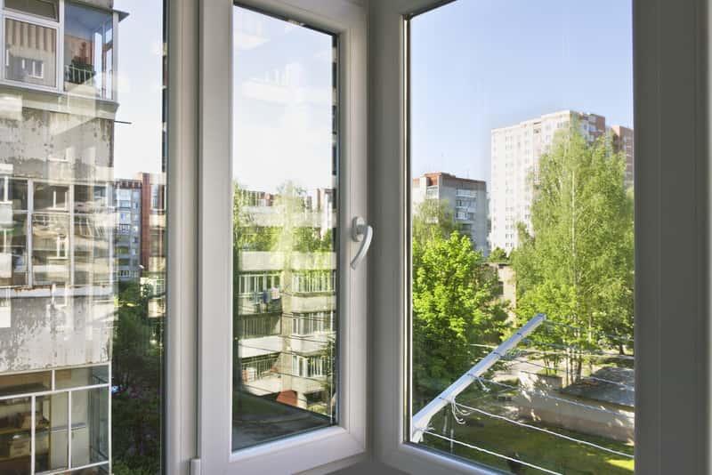 Klamka do drzwi balkonowych – rodzaje, opinie, ceny, najlepsi producenci