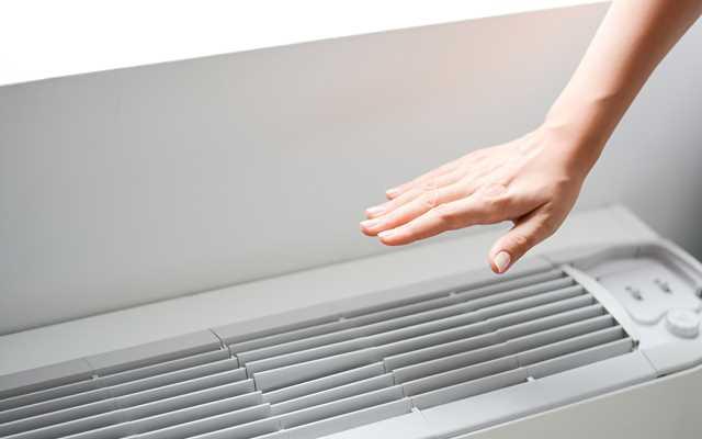 Klimatyzator przenośny  czy ścienny? Ceny, opinie, producenci, wydajność