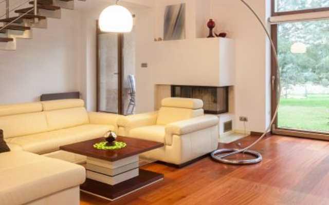 Koszt umeblowania salonu - meble na wymiar czy z salonu?