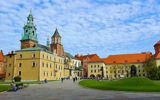 Jak szukać dewelopera w Krakowie przed zakupem mieszkania pod wynajem?