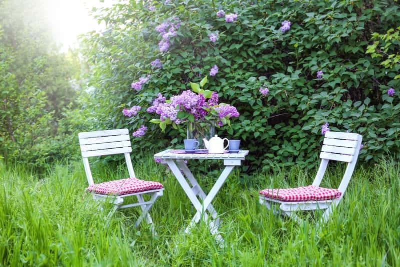 Krzesła ogrodowe - rodzaje, opinie, ceny, porady przy zakupie