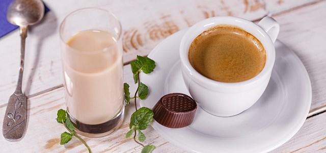 Ekspres do kawy – obowiązkowy element każdej kuchni