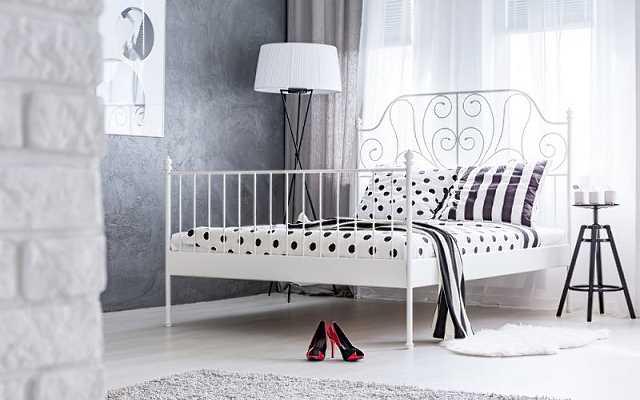 Łóżka metalowe – do jakich wnętrz pasują?