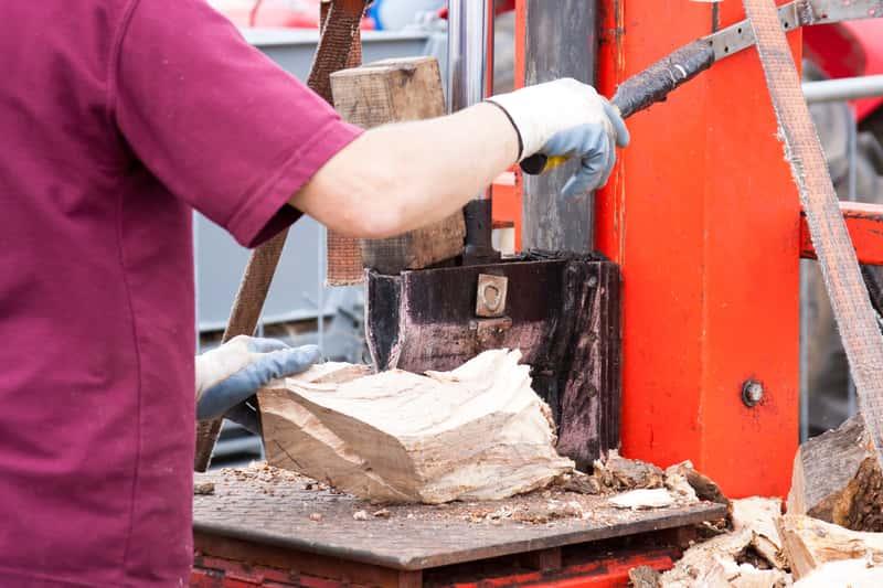 Łuparka świdrowa do drewna – rodzaje, ceny, opinie, porady zakupowe