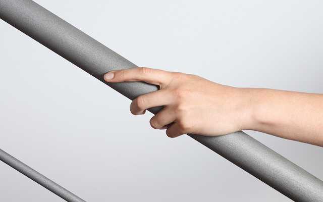 Stalowe balustrady i poręcze: nowoczesny design i trwałość na lata