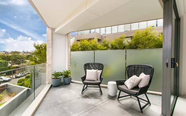 Meble balkonowe - przegląd ofert, opinie, ceny, porady zakupowe