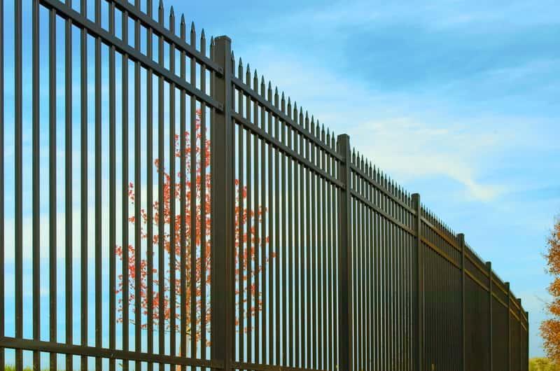 Metpol ogrodzenia - przegląd oferty, ceny, opinie, porady przy wyborze