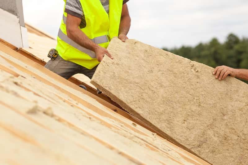 Ocieplenie dachu krok po kroku – materiały, ceny, opinie, porady praktyczne