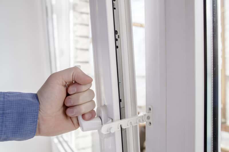 Современные и качественные окна для безопасного дома
