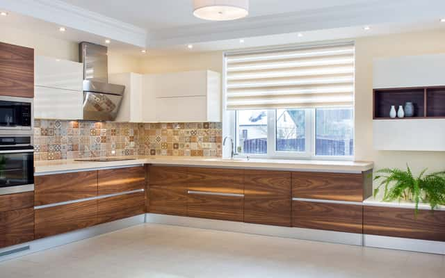 Oświetlenie szafek kuchennych - najlepsze sposoby na oświetlenie blatu