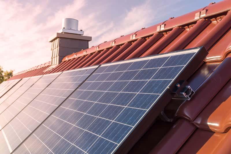 Panele słoneczne - rodzaje, ceny, opinie, potencjalne zyski i zwrot