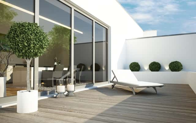 Panele tarasowe – rodzaje paneli, ceny, opinie o materiałach, producenci