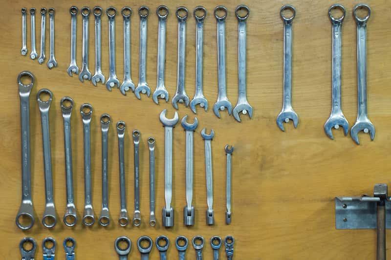 Klucze płaskie – rodzaje, ceny, zastosowanie, popularni producenci