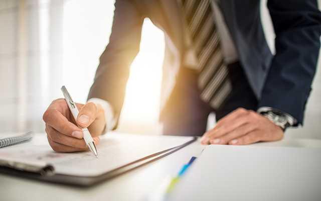 Podpisujesz umowę pożyczkową? Sprawdź, na co uważać