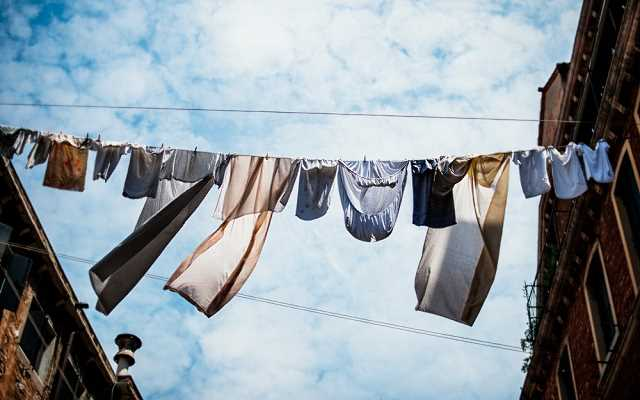 Wyschnięte ubrania po wyjęciu z bębna? Poznajemy rodzaje suszarek elektrycznych