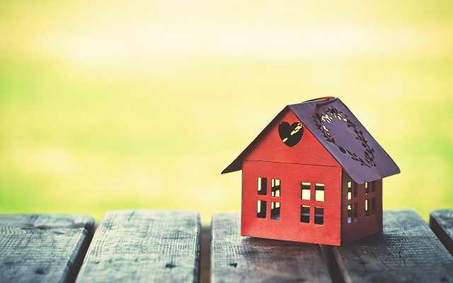 Dlaczego warto zwrócić szczególną uwagę na projekty domów parterowych tanich w budowie?