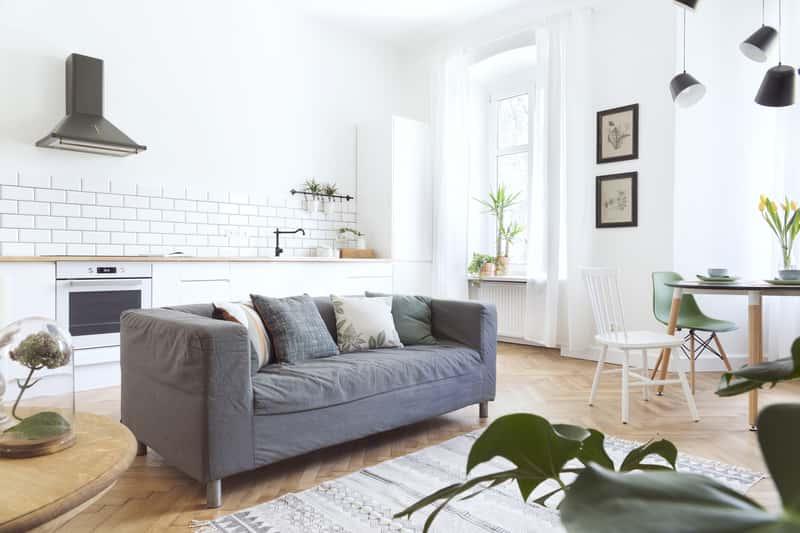 Salon w stylu prowansalskim - porady, inspiracje, kolory, aranżacje