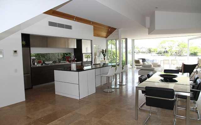 Remont mieszkania - jakie płytki wybrać do kuchni, łazienki i innych pomieszczeń