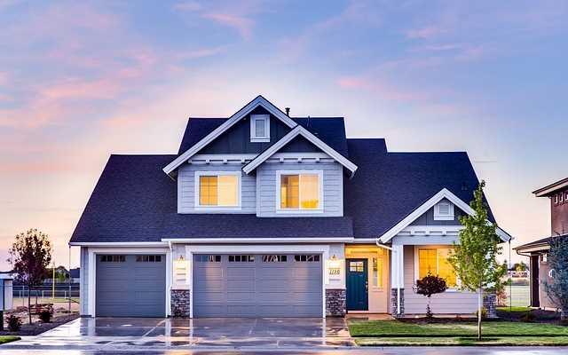 Rynek pierwotny, a może wtórny – jakie mieszkanie kupić?