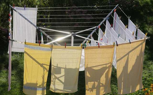 Suszarki do prania – najlepsze suszarki do ubrań firmy Meliconi
