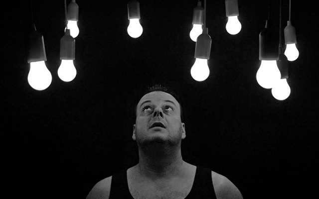 Światło w domu - kupujemy lampy