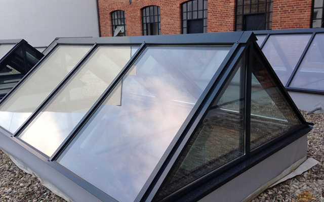 Świetliki dachowe - wygoda dla każdego