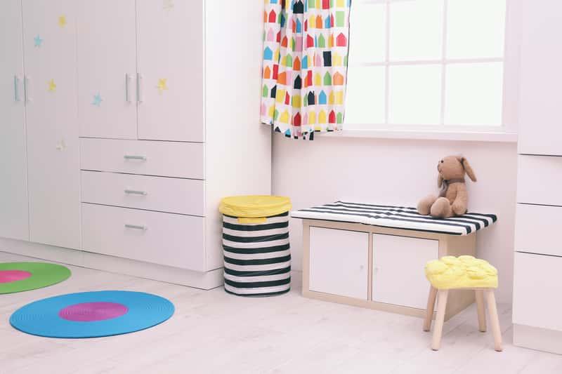 Szafa dla dziecka – rodzaje, kolory, projekty, ceny, porady dla kupujących