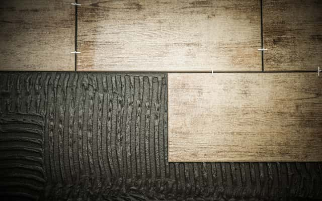Terakota drewnopodobna – warto wiedzieć przed zakupem
