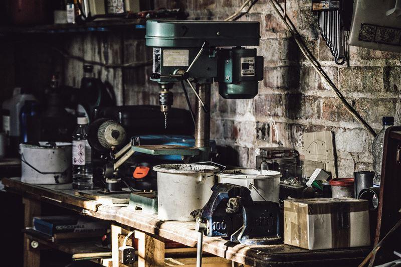 Jakie narzędzia wybrać, aby mieć w warsztacie komfortowe stanowisko pracy?