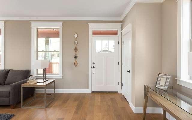 Podłoga drewniana w przedpokoju, a także najlepsze rozwiązania do przedpokoju, wybó najlepszego rodzaju podłogi do zastosowania w przedpokoju