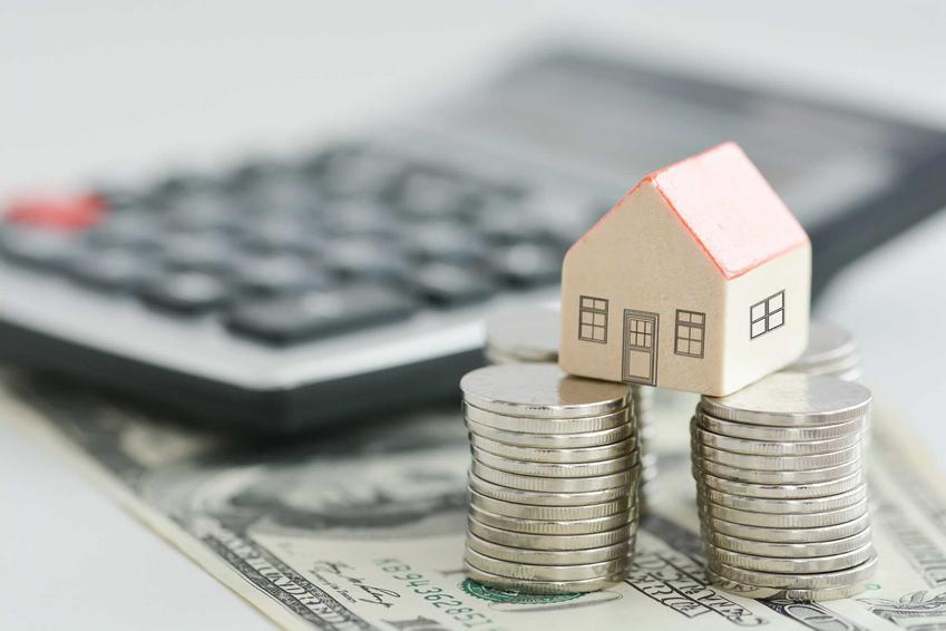 Kredyt na budowę domu na działce rolnej może być dość trudny do uzyskania. Czasami jego otrzymanie nie jest możliwe, zależy to od wielkości działki.