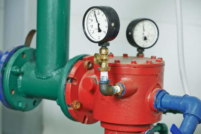 Fragment rur w instalacji CO, a także schemat instalacji centralnego ogrzewania krok po kroku, montaż, rodzaje, porady