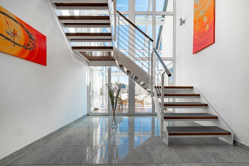 Schody ażurowe w nowoczesnej aranżacji, a także rodzaje, wielkość, najlepsi producenci oraz ceny schodów ażurowych